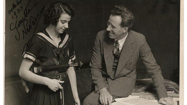 Ginette Neveu et le chef d'orchestre Eugen Jochum en octobre 1935, © DR
