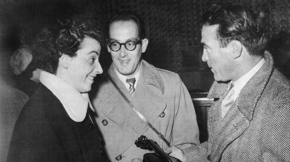 Ginette Neveu et son frère avec Marcel Cerdan à Orly en 1949, © Getty / Keystone-France/Gamma-Keystone